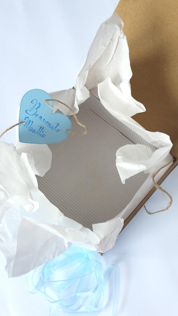Scatola regalo per nuova nascita