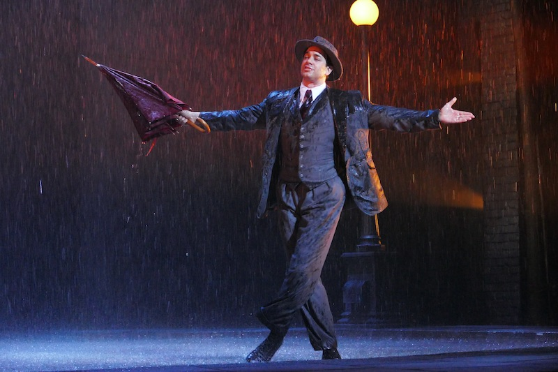 Richard Riaz Yoder and Danny Gardner star in Singin in the Rain   Marriott Theatre jb     Chicago Theater Beat