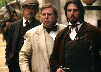 Tom Cruise as Nathan Algren with other British officials, The Last Samuraii, directed by Edward Zwick