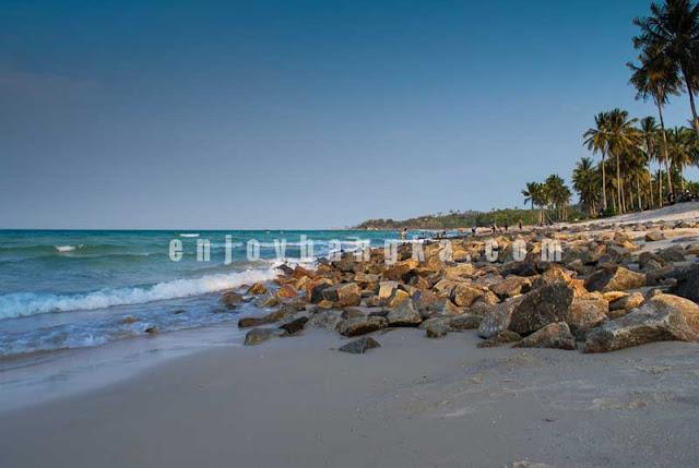 Pantai Matras zaman dulu sebelum renovasi