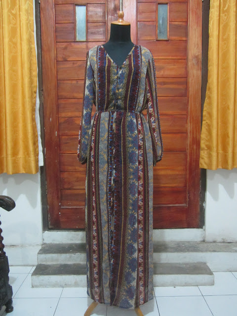 Long Dress Hilaration Ukuran M ( DR 15 )