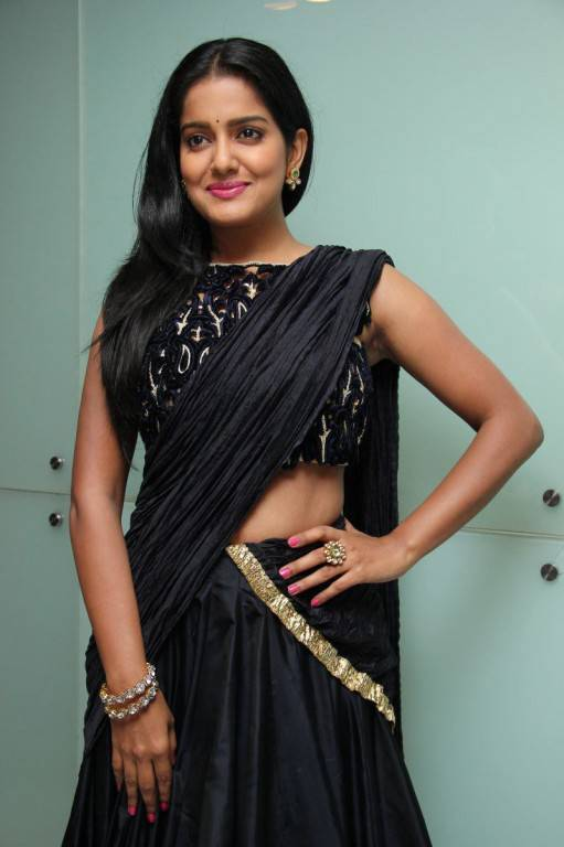 Vishakha Singh Hot Photos In Blue Half Saree