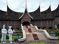 Apotek yang Menjual Obat Wasir Luar di Padang
