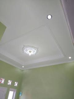 Panel Plafon Minimalis Berwarna Putih