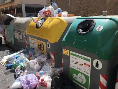 contenidors brossa barri del port
