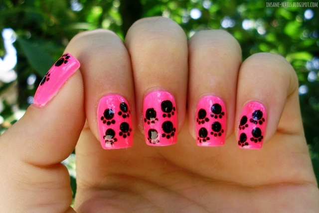 http://insane-nails.blogspot.com/2013/08/10-days-summer-challenge-day-3.html