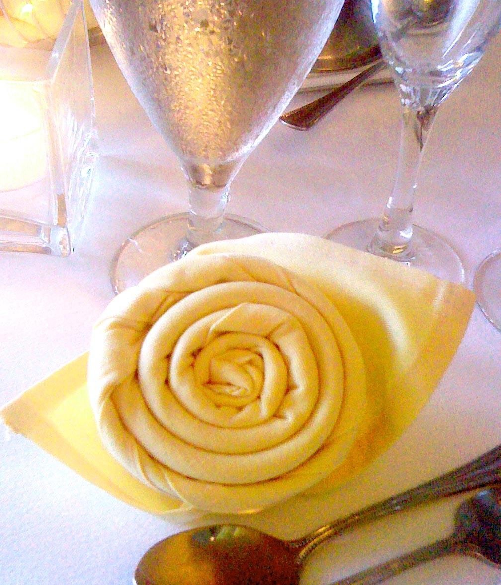 Napkin Folding Ideas For Weddings: Linda Jo's Obsessions: Wedding Faves