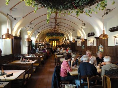 I Viaggi di Raffaella Vademecum culinario della capitale austriaca