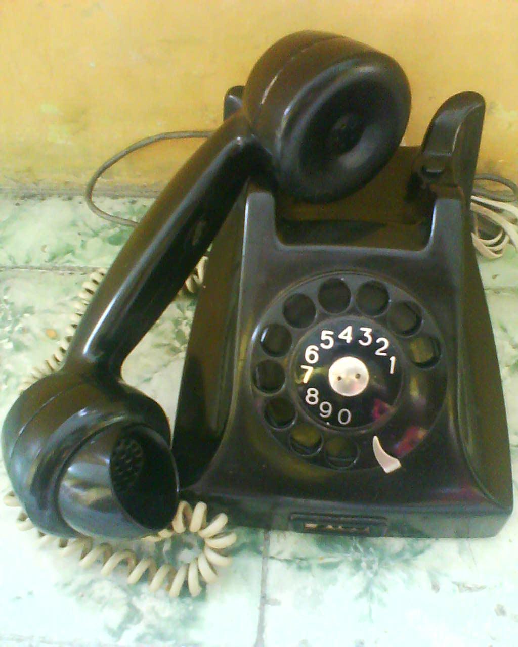 Macam Macam Telepon : macam, telepon, GOEBOEG, DJADOEL