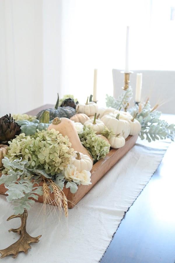 10 Ideas para decorar tu casa en otoño. Centro de mesa con calabazas y frutos de otoño