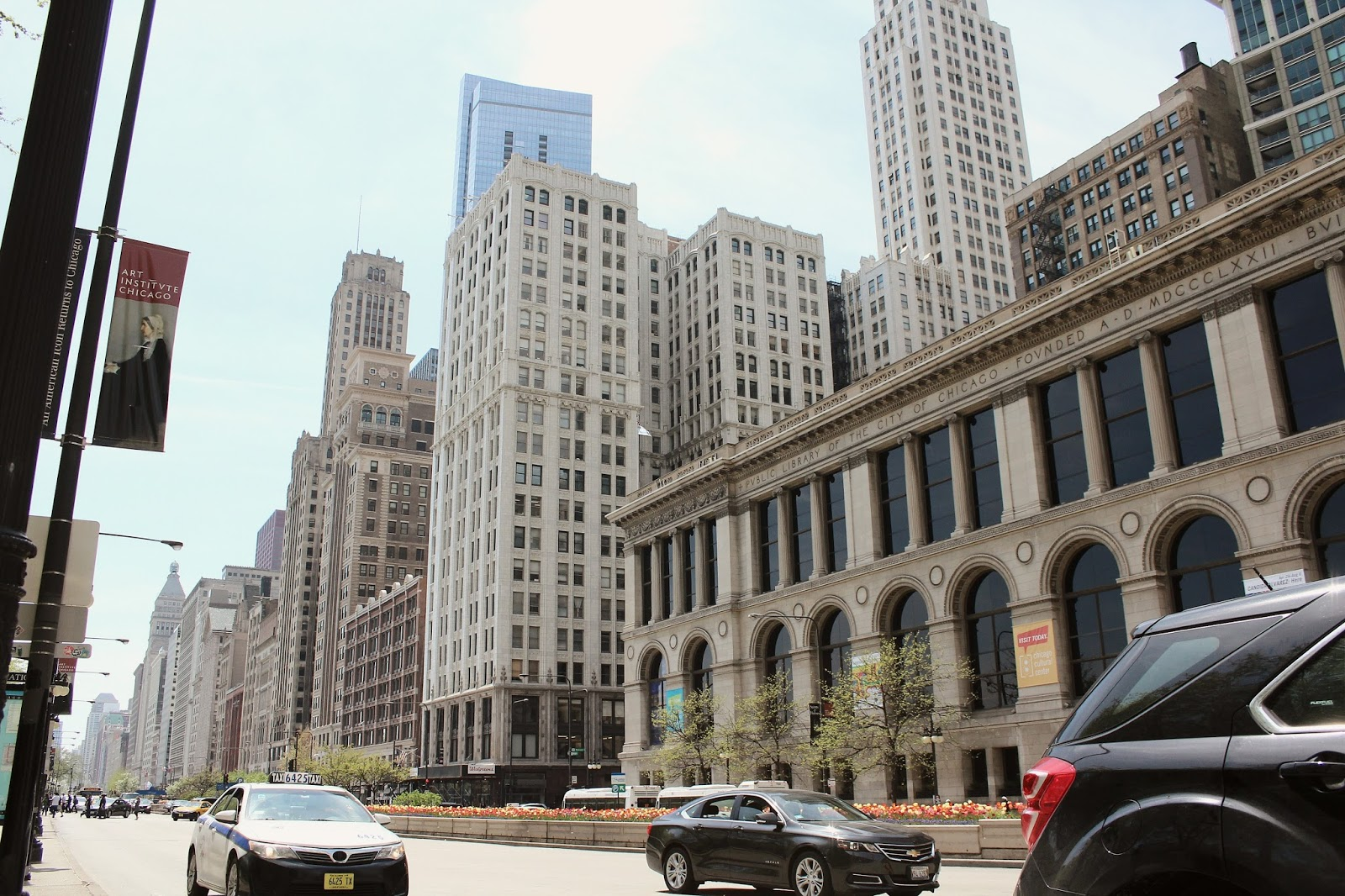 things to do in chicago, travel blogger, magnificent mile, windy city, DC blogger, saumya shiohare, myriad musings, lifestyle