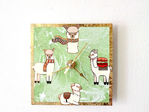 Paper House Productions: Mini Canvas Clock Featuring Enamel Stickers