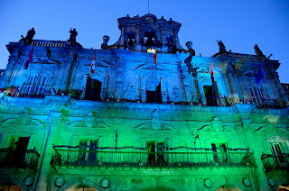 Fachada Plaza Mayor Salamanca pintada con luz