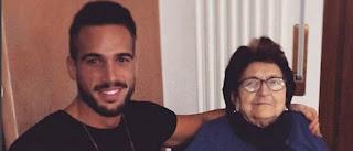 alex moigliorini insieme a sua nonna