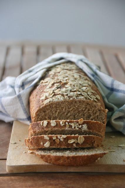 pan de molde de avena y miel