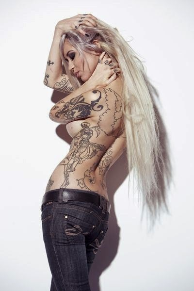c40f5e7a6 Sara Fabel's look is highly recognized and duplicated through other  artists, amateur fan art, street art and tattooing. Often spotted through  applications ...
