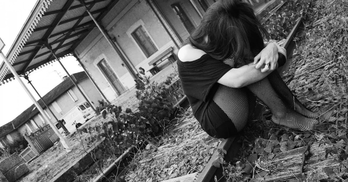Alone Sad Girl Wallpapers | HD Wallpapers | Download Free ...