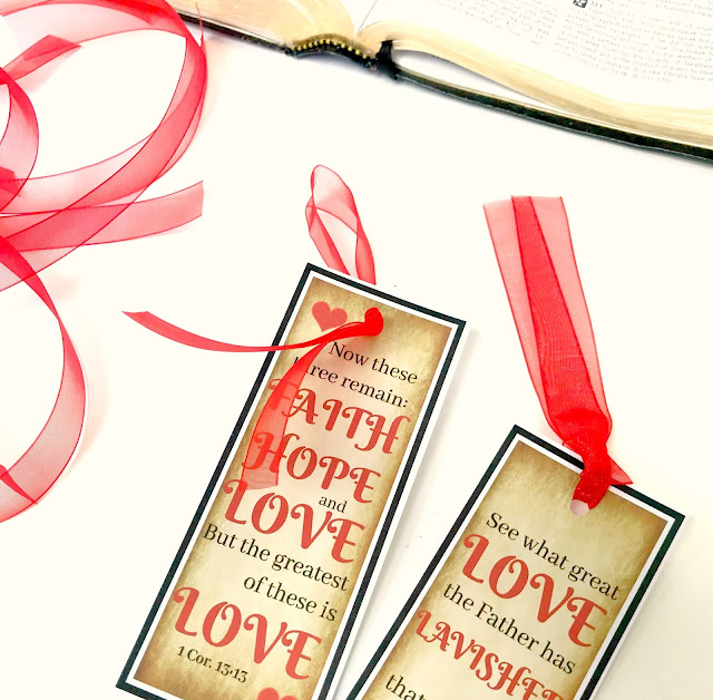Printable Scripture Valentine Bookmarks @michellepaigeblogs.com