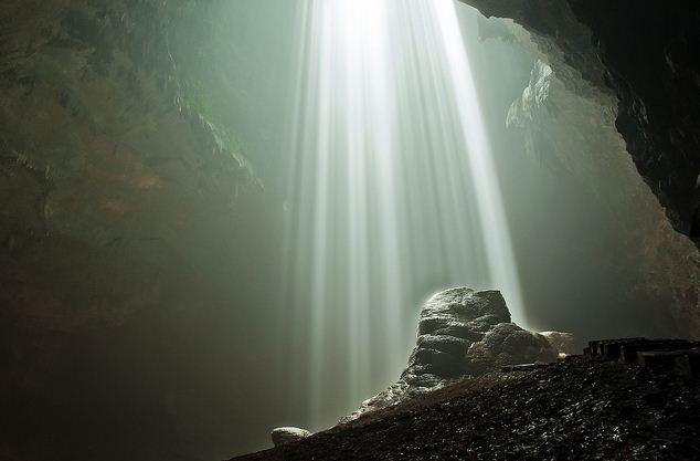 Lima Lubang Bumi Yang Menuju Dunia Lain