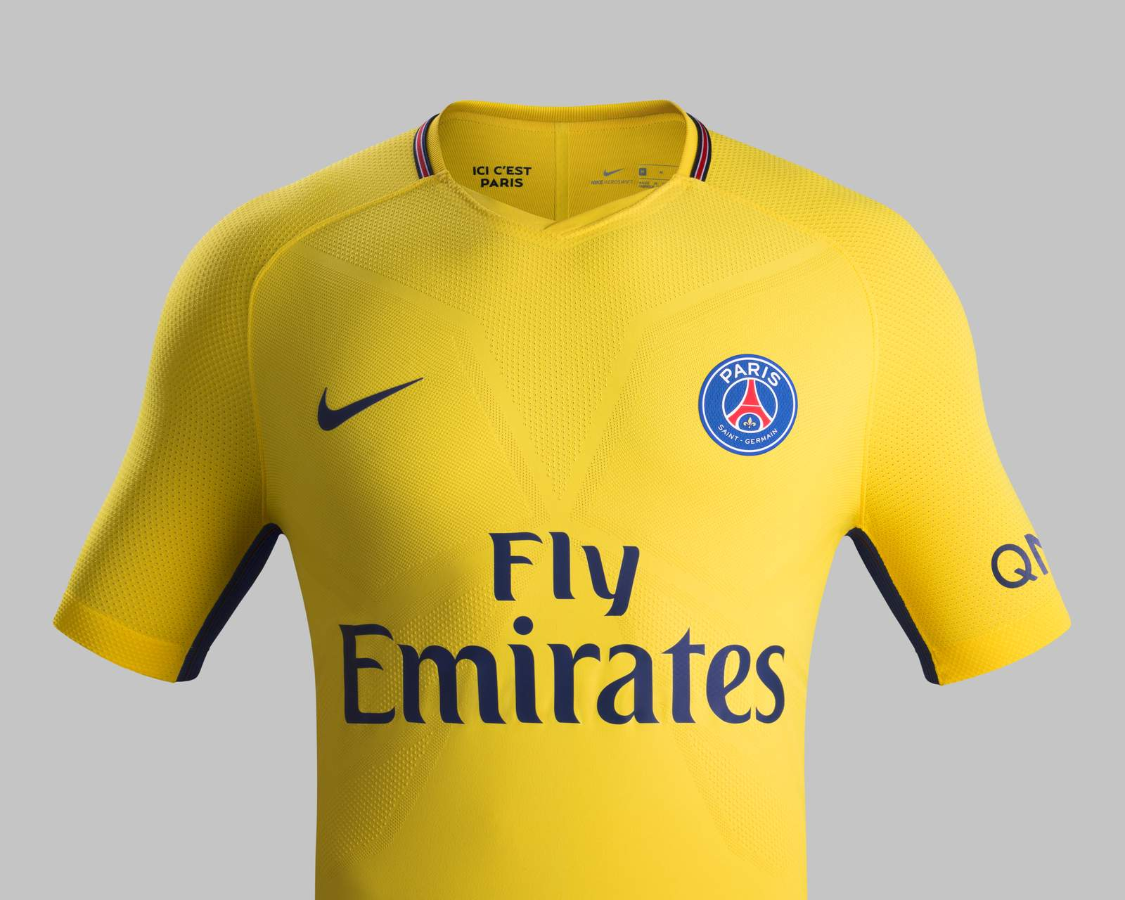 Paris saint germain 17 18 away kit revealed footy headlines for Maillot exterieur psg