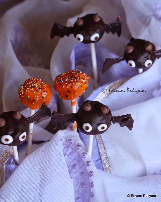 Decorating Cake Pops Using Chocolate Butter Icing