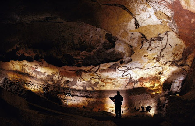 Acoustic scientist sounds off about the location of cave paintings