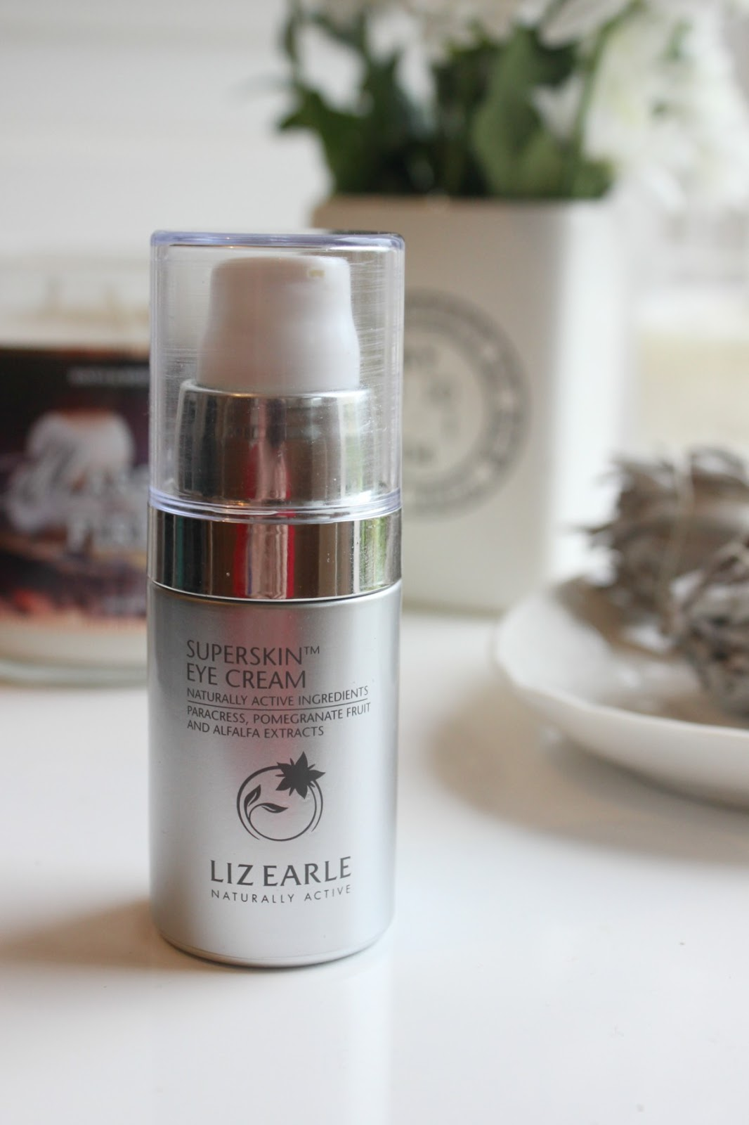 Liz Earle Superskin Eye Cream Review