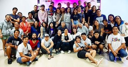 """The Cast And Staff Of """"The General's Daughter"""" Goes Teambuilding!"""