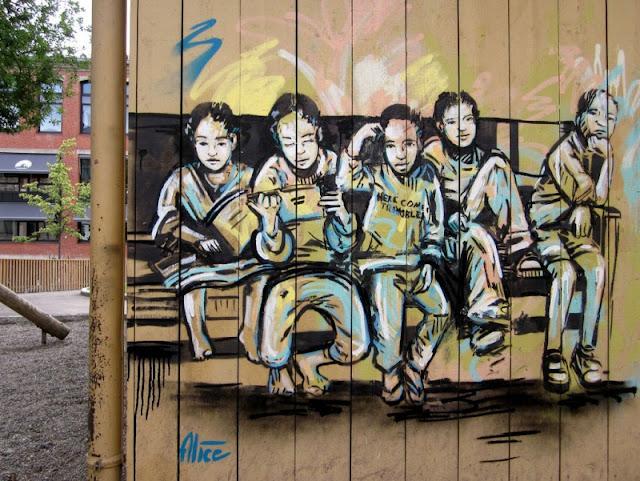 Рисунки на стенах. Alice Pasquini 18
