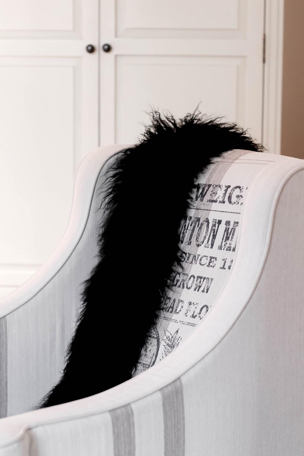 Jaeger Black Mongolian Fur Stole