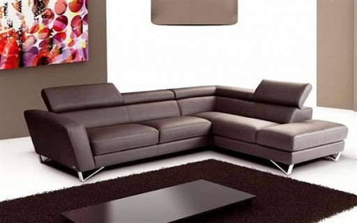 Modern leather sofas and sectionals for small spaces