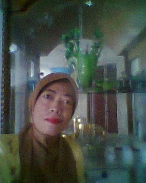 Ernawati Guru SMP Medan Cari Suami