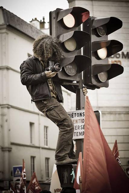 Crazy Photographers on Traffic signal