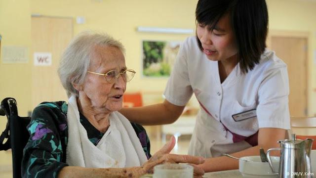 Indonesia Kirim 100 Perawat Profesional ke Taiwan Awal Tahun 2018, Pemerintah Taiwan Berjanji Akan Naikkan Gaji Informal