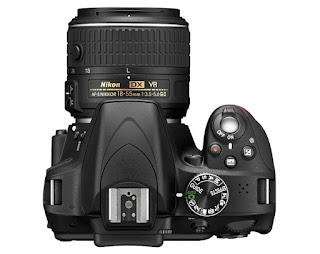Nikon D3300 Appareil photo numérique Boîtier nu Noir