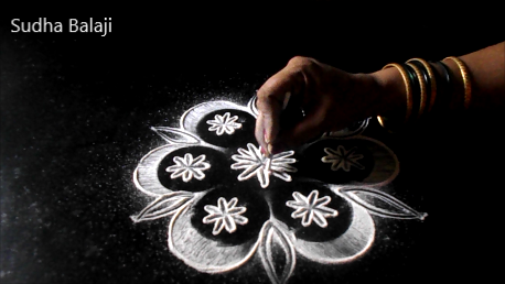 simple-rangoli-designs-for-Diwali-1251ae.jpg