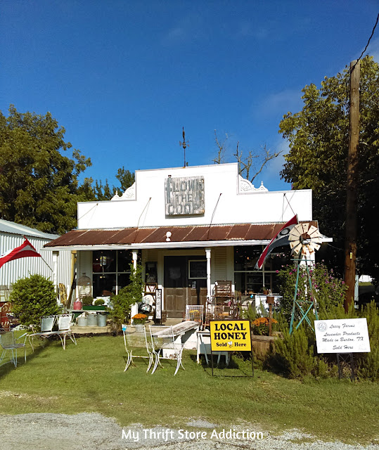 Texas Antiques Week Round Top