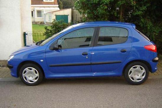 blau AWM Peugeot 206 4-trg
