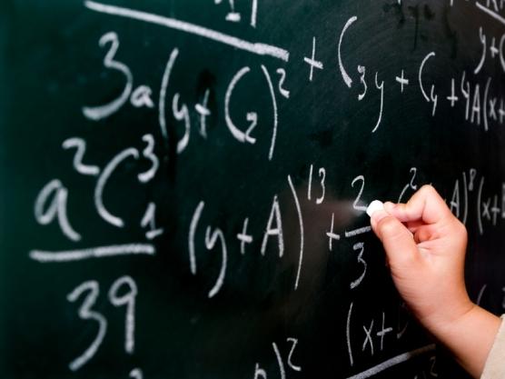 كيف تعشق الرياضيات وتصير مادتك المفضلة ؟!