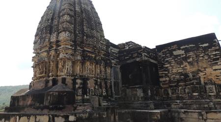 पांडवों ने बनाया था यह मंदिर, गौरी और गजनी भी नहीं तोड़ पाए | neelkanth shiv mandir alwar story