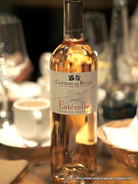 degustacja win i dan, wine bar la vinotheque, zaproszenie na kolacje, blogerzy na kolacji, smaczna pyza w la vinotheque, wino rozowe