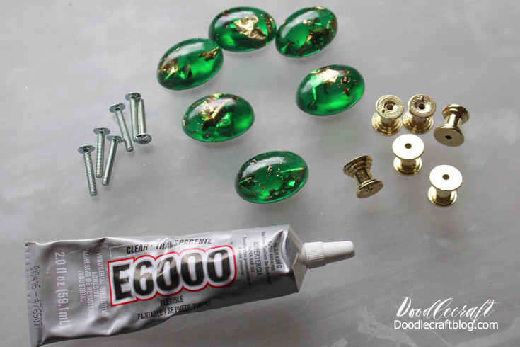 Doodlecraft: DIY: Gold Leaf and Emerald Resin Cabinet Knobs