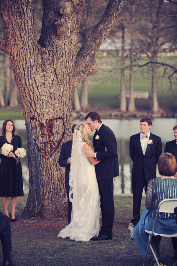 Rustic+classic+traditional+black+tie+platinum+wedding+bride+groom+rowing+country+club+purple+modern+succulents+succulent+centerpieces+lighting+lights+Gideon+Photography+21 - Black Tie & Cowboy Boots Required