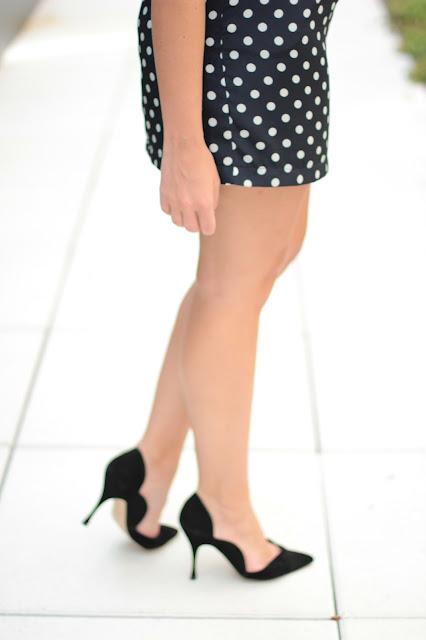 Manolo Blanik scallop heels, Manolo Blanik heels, Manolo Blanik velvet heels, Manolo Blanik black