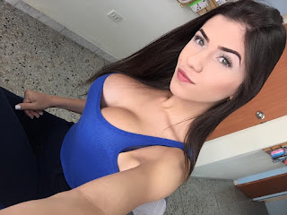 Floriana Bastidas hot modelo
