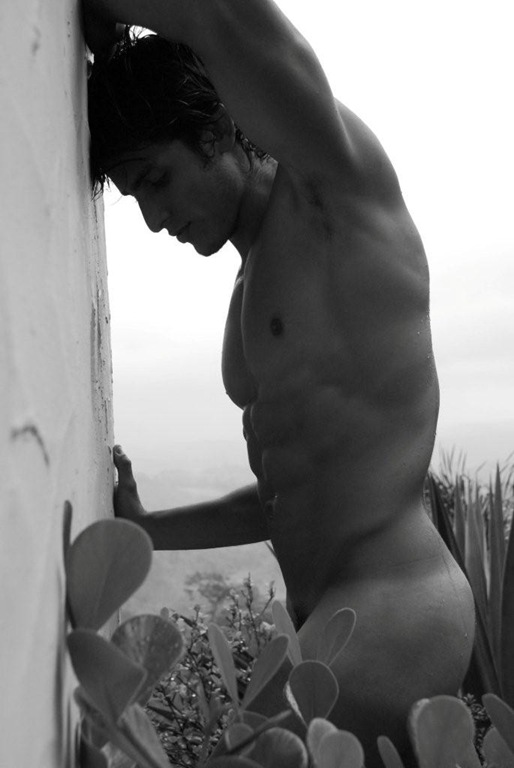 Photos Of Gay Men Without Clothes 65
