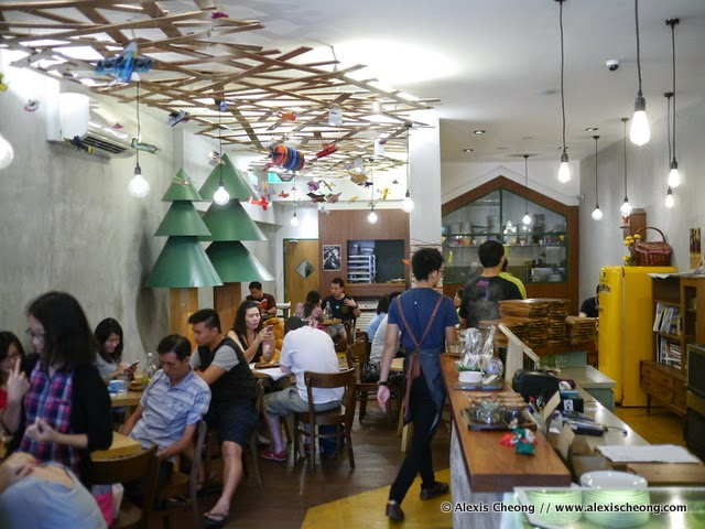 ... Windowsill Pies, A Sweet Little Space At Jalan Besar That I Finally Had  The Chance To Drop By And Check Out Recently. I Liked The Whimsical Decor,  ...