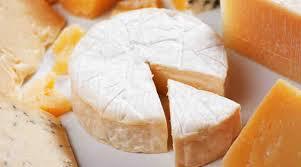 فوائد الجبنه الرومى وقيمته الغذائيه
