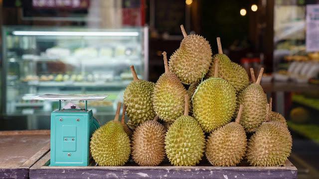 Terlalu Banyak Jadi Penyakit, ini Takaran Makan Durian Supaya Bisa Memetik Manfaatnya