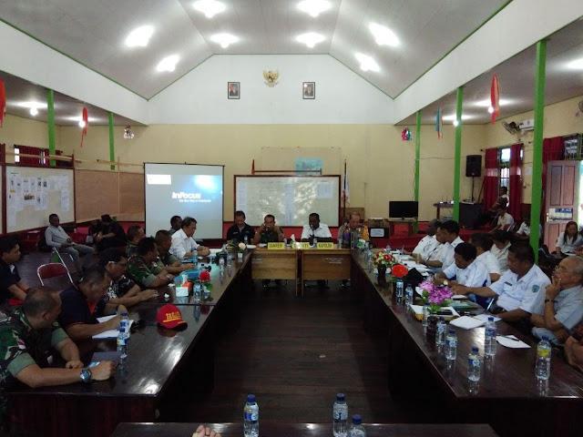 Asep Setia Gunawan Evaluasi Dampak Campak dan Gizi Buruk di Asmat Bersama Elisa Kambu